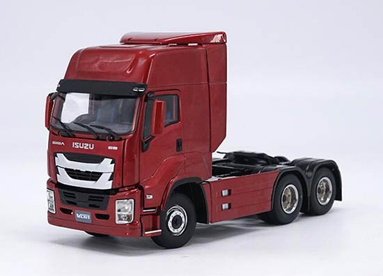 Diecast Isuzu GIGA VC61 Tractor Unit Red 1:32 Scale Model